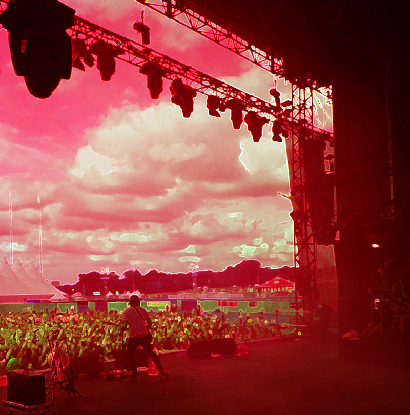 SOLIDAYS IV